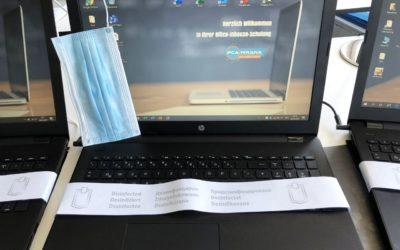 Laptop Tastatur desinfizieren in Corona-Zeiten